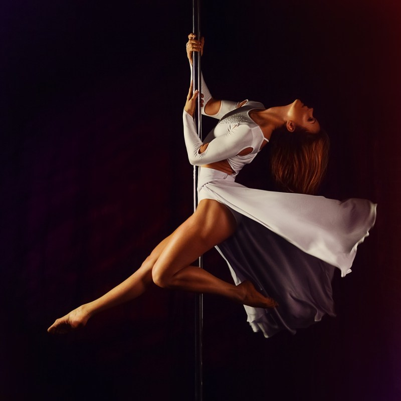 5 Actividades sanas - Poledance