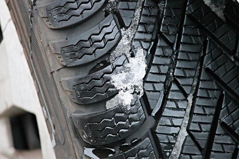 viajes familiares cauchos carros autos neumáticos