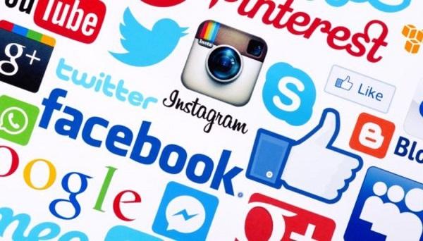 Ahorros y caprichos viajes viajar evaluar viajes ahorrar diariamente cantidad de egresos redes sociales ahorrar