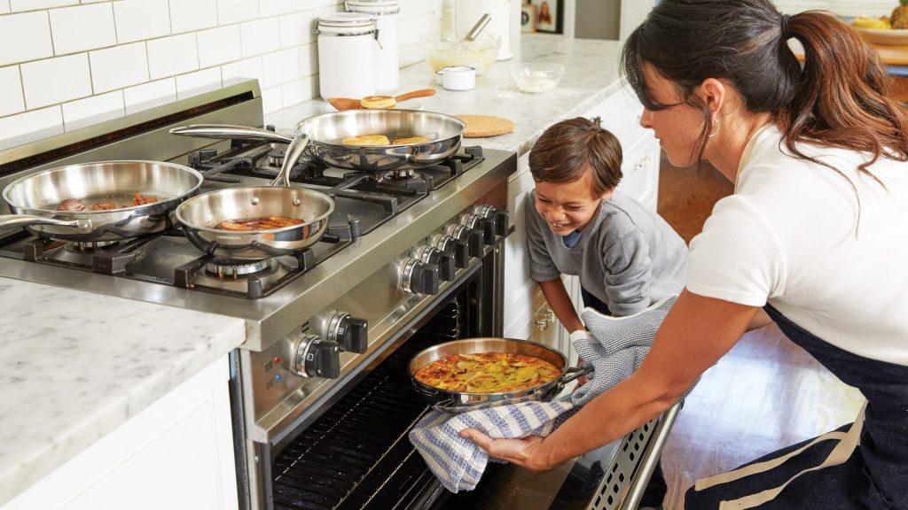 Cómo retomar hábitos sanos: cocinar saludable en casa