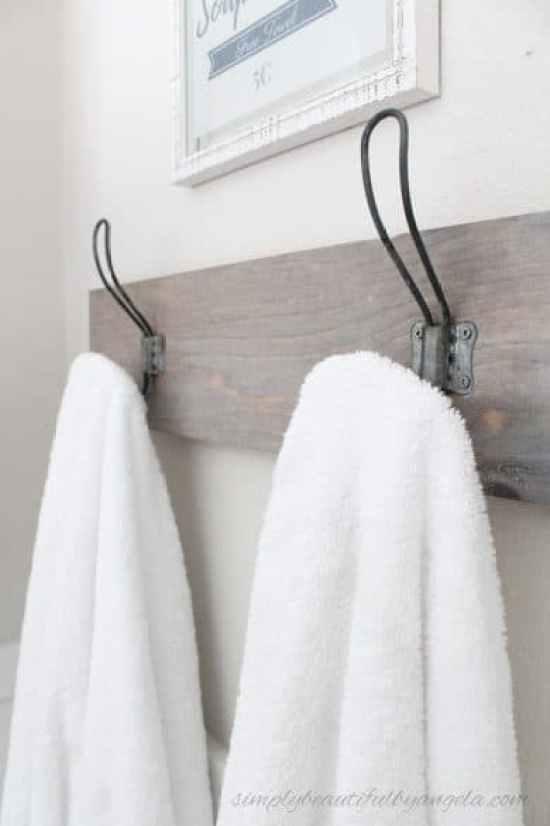 toallas en ganchos