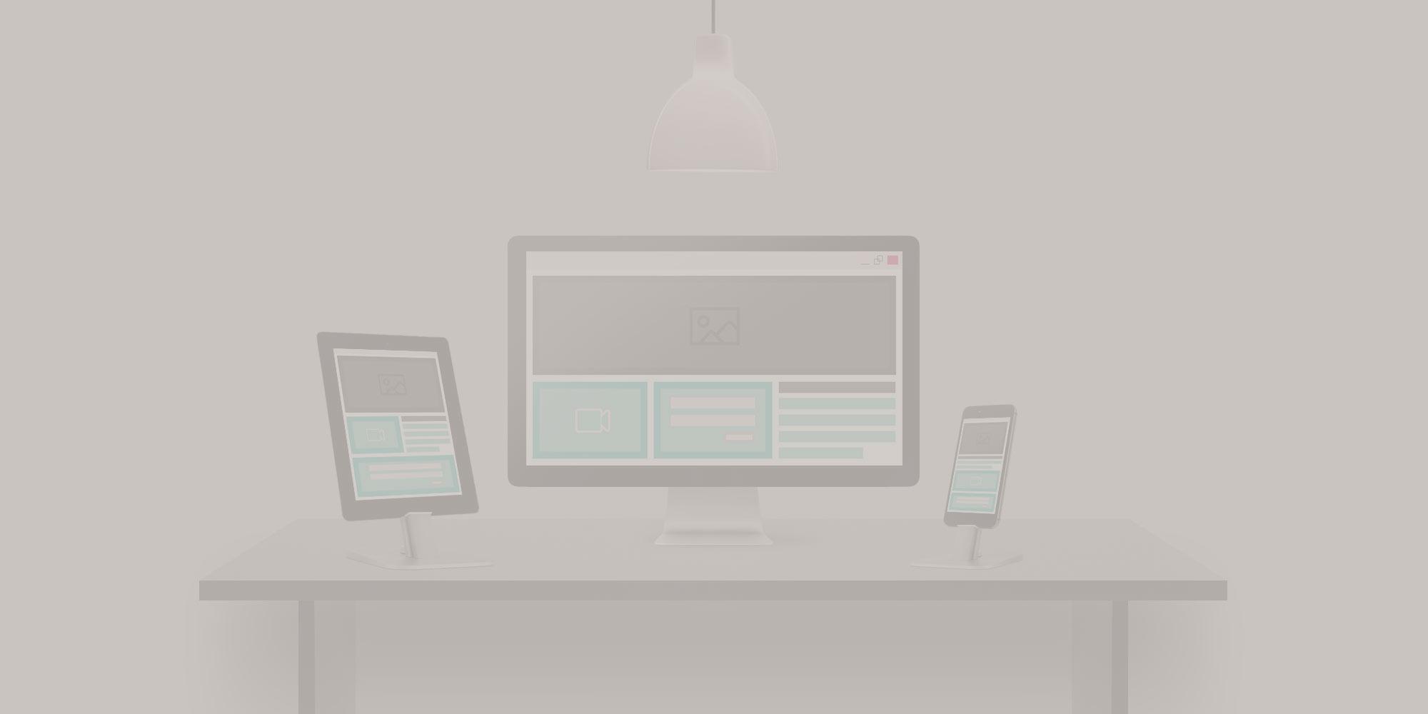 I want to build a new website: Should I use a theme or create a custom design?