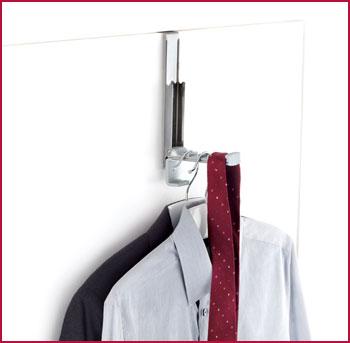 over-door-hanger valet
