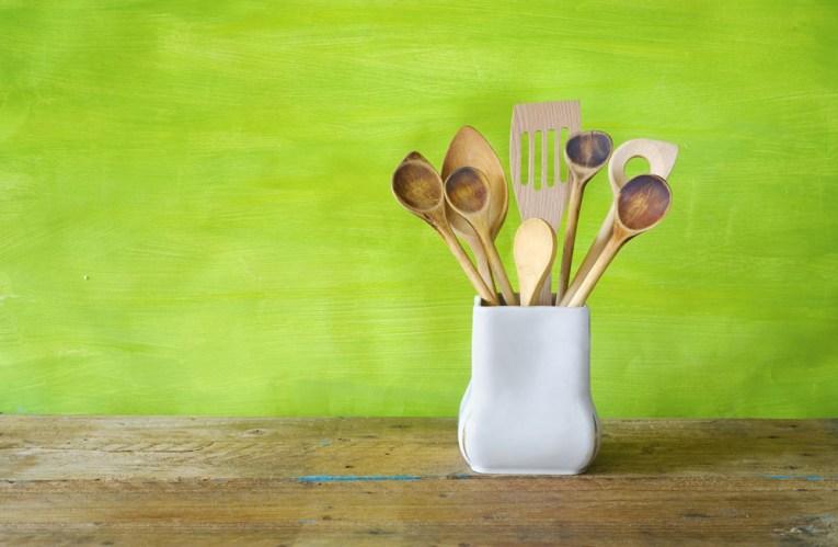 organizing kitchen vignettes