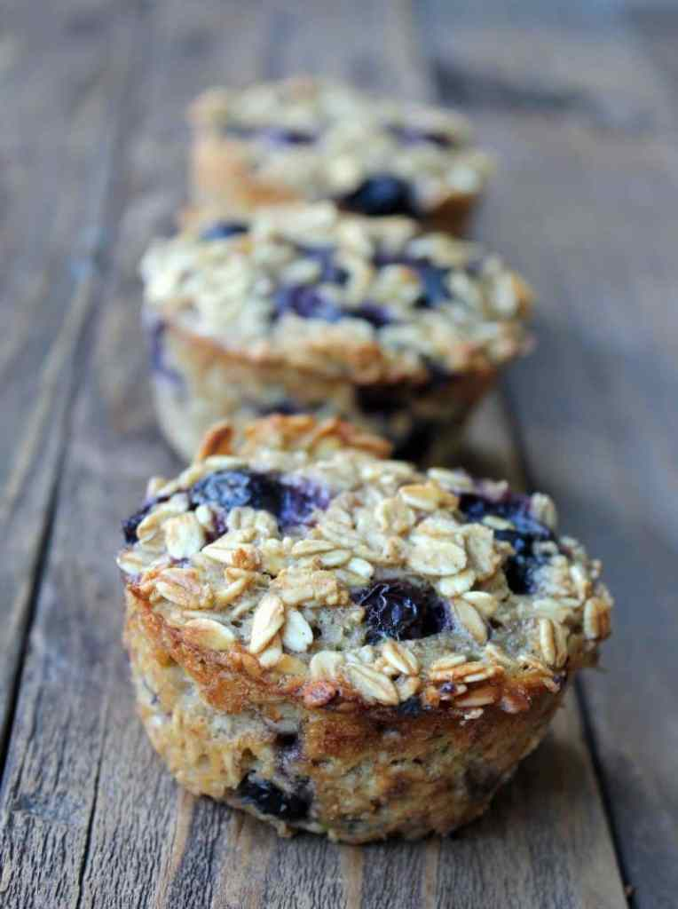Blueberry Banana Baked Oatmeal Cups | 15 Oatmeal Cups To Stay Healthy During The Cold Months
