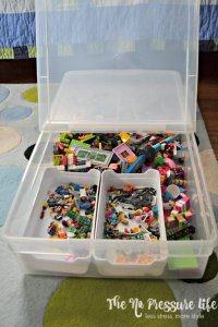 Organize Lego with underbid storage