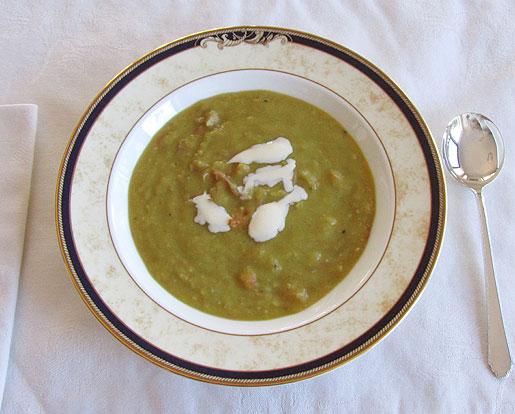 split pea soup with bacon bones