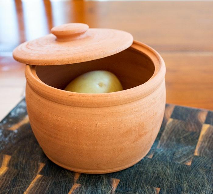 terracotta pot for microwave potatoes
