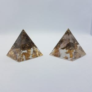 Twin Peaks Quartz Gold Orgonite Pyramid 3cm