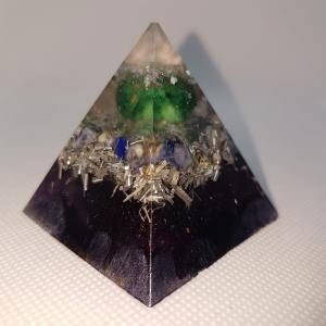 Always Positive Orgone Orgonite Pyramid 5cm - Quartz atop a beautiful Malachite Chunk, with a bed of Lapiz Lazuli and Silver which may assist with EMF protection, and calming