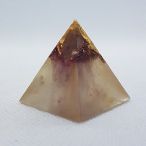Cherry Blossom Orgoneit Orgonite Pyramid 3cm - Rose Quartzover Gold in an Orgonite of wonder! clear, clarity, focus! and of course may assist with EMF protection