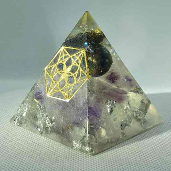 Fleeting Glimpse of the Future Orgone Orgonite Pyramid 6cm - Titanium Aura Quartz rainbows of goodness, Pyrite, Amethyst Sacred Geometry, Herkimer Diamonds, SIlver and Aluminium