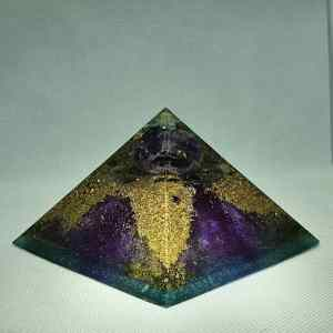 Callisto Moon Orgonite Power Giza Pyramid 9.5cm - Magical Amethyst Sphere, Amazing Calming Celestite, More Amethyst, Labradorite, and Clear Quartz, On top of a bed of Brass, Tourmaline and Magnatite