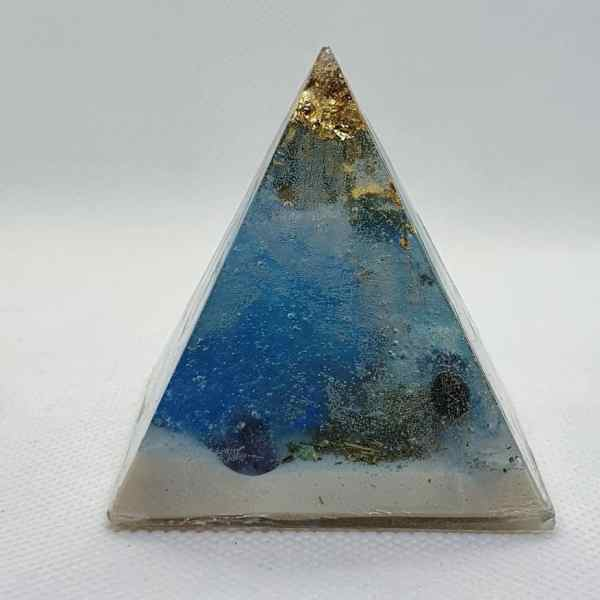 Over the Horizon Orgone Orgonite Pyramid 6cm 1