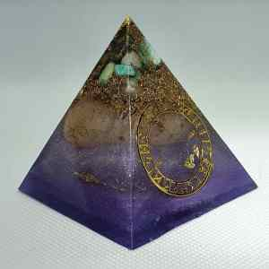 Capricorn Moon Orgone Orgonite Pyramid 6cm - Radiating with a Moonstone, Amazonite, Celstite and Labradorite for wisdom, intuition, and truth. Herkimer Diamonds, Sacred Geomtry, with Brass Protection, it is a wonder to wonder!