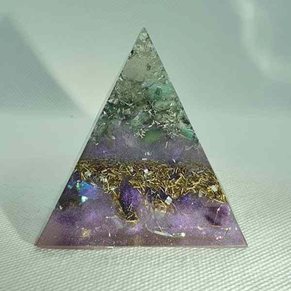 FREEDOM Orgone Orgonite Pyramid 6cm 1