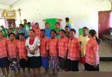 PW GKI Petra Anggreso Kunjungan Kasih ke Jemaat Imanuel Namunaweja Mamberamo