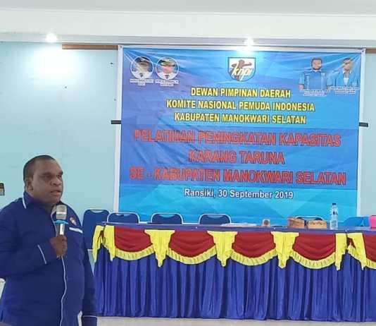 Ketua sementara Karuna Taruna Provinsi Papua Barat yang juga Sekretaris Karang Taruna Borarsi, Armando Idorway