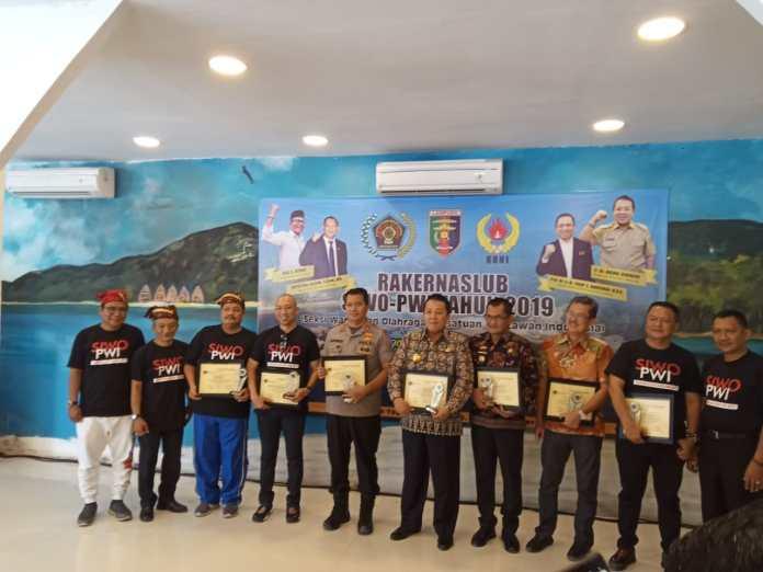 Gubernur Lampung Membuka Resmi Rakernaslub SIWO PWI