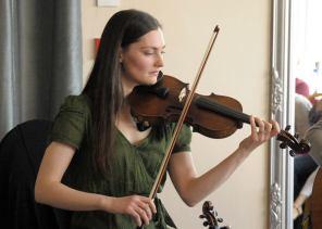 Zoe Conway fiddle 'Philip Goodman repertoire' performance 2016
