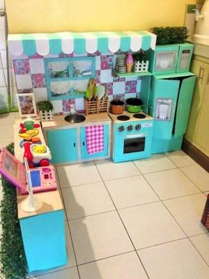 Cocina-hecha-de-carton-foto-5