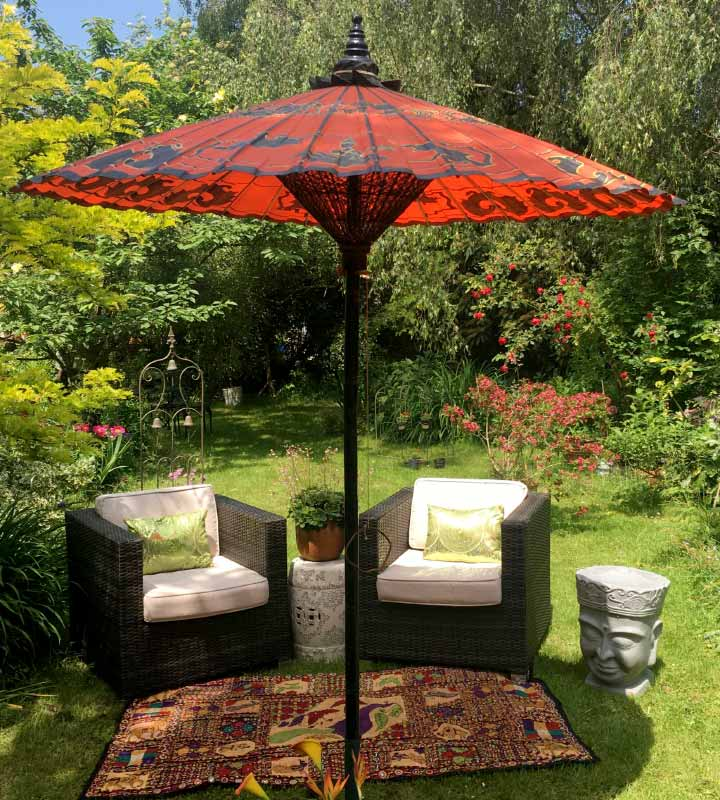 Photos of our Luxury Garden parasols and Patio Umbrellas