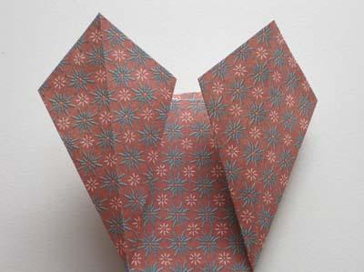 easy-origami-vase-step-4