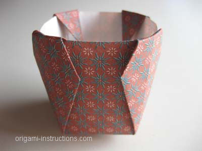 completed-easy-origami-vase