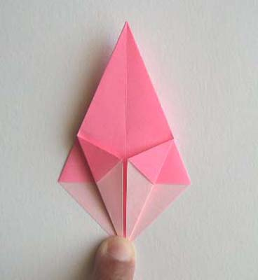 Origami Lily flower photo diagrams 6