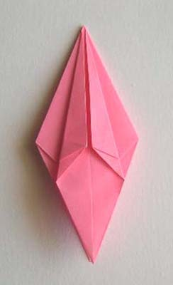 Origami Lily flower photo diagrams 16