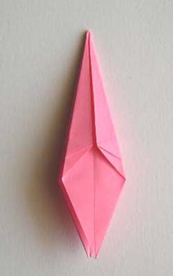 Origami Lily flower photo diagrams 17