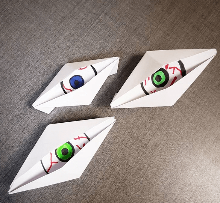 Origami Blinking Eye, x.sakele | TUTORIAL: http://wp.me/p5AUsW-qI