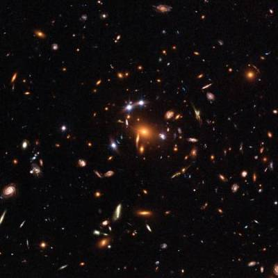 Cúmulo de galaxias SDSS J1004+4112