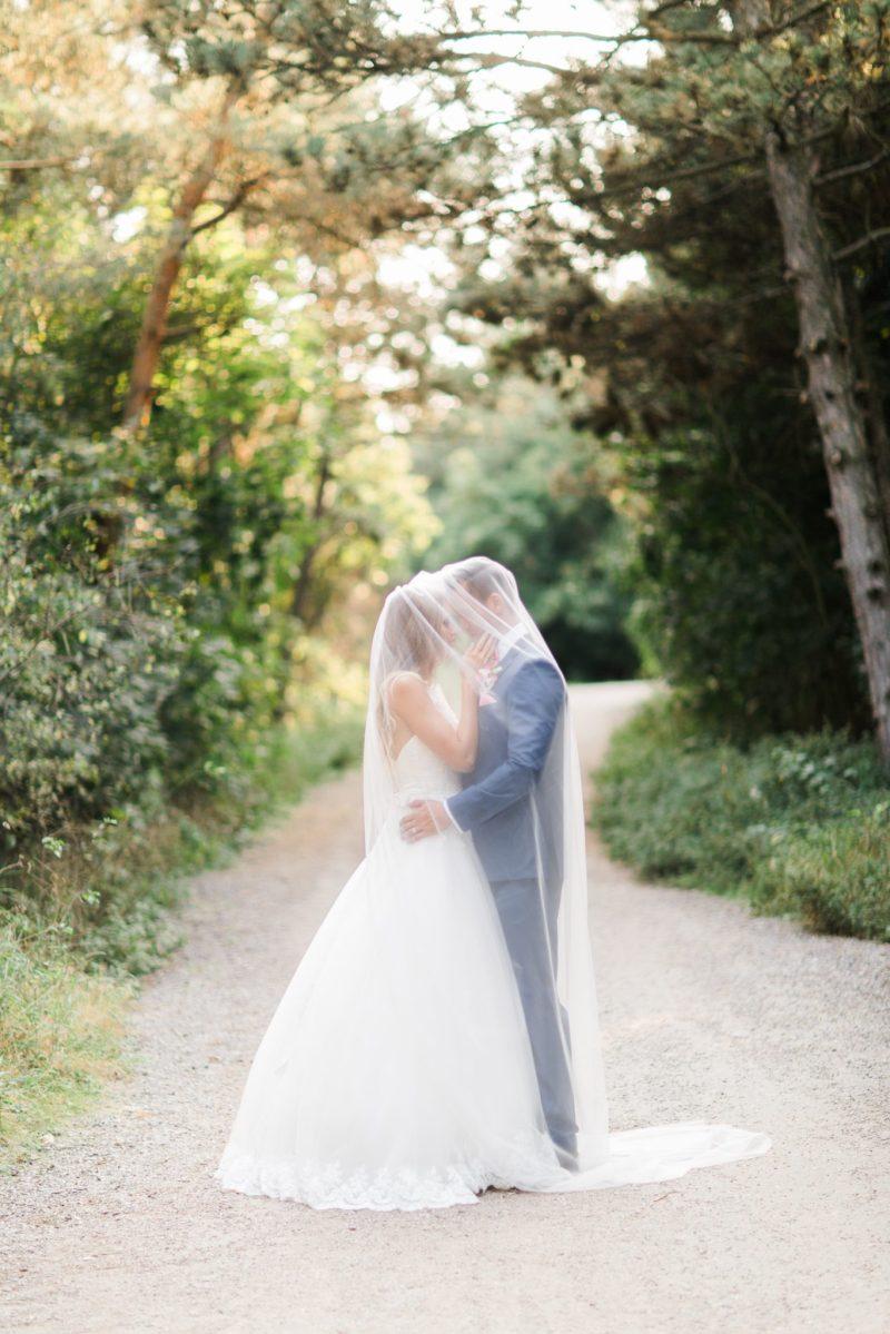 Tradičně netradiční romantická svatba