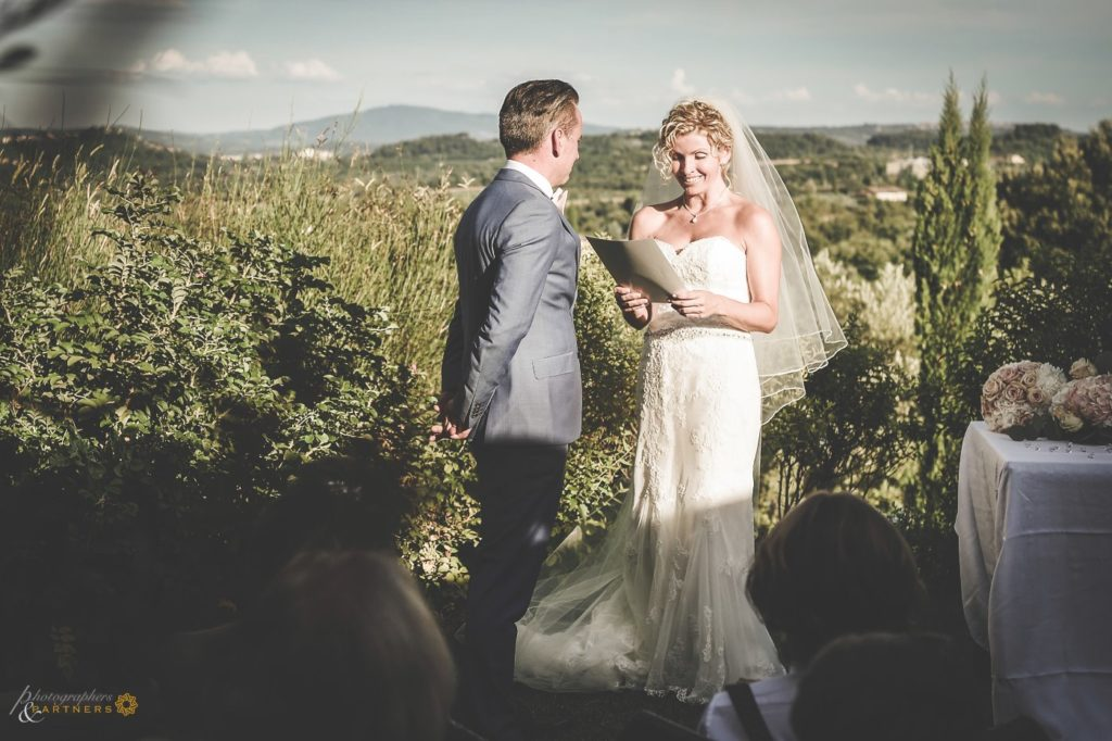 Carine & Frederic wedding in the Tuscan hills