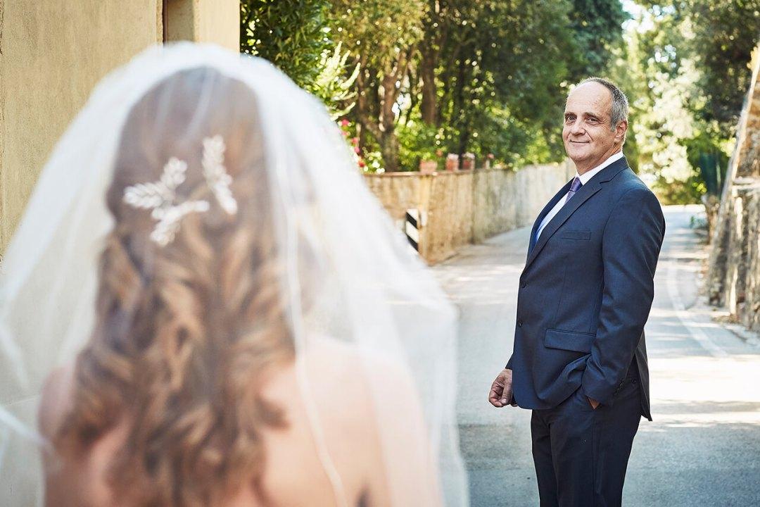 romantic tuscan wedding in August