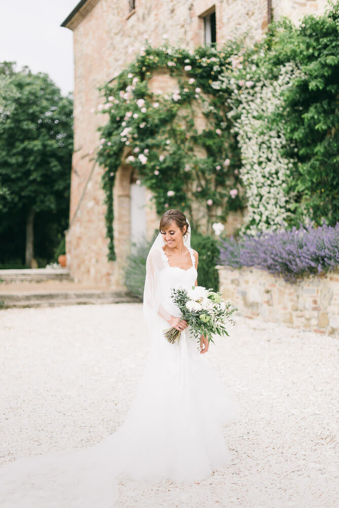 beautiful bride tuscan wedding
