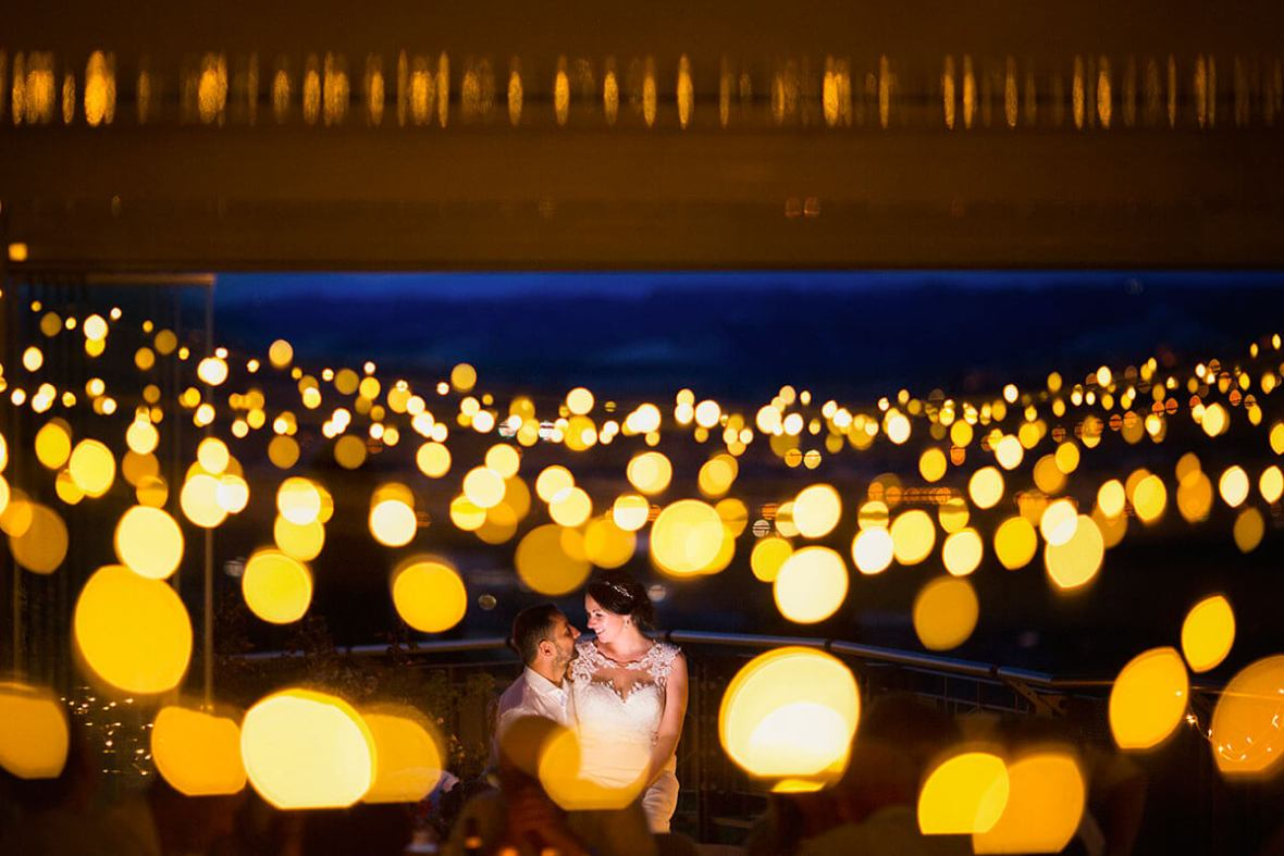 Anya & James romantic wedding near San Gimignano