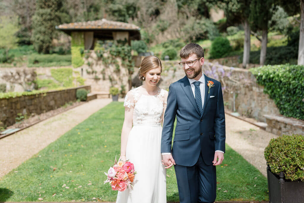 intimate wedding in April in Tuscany