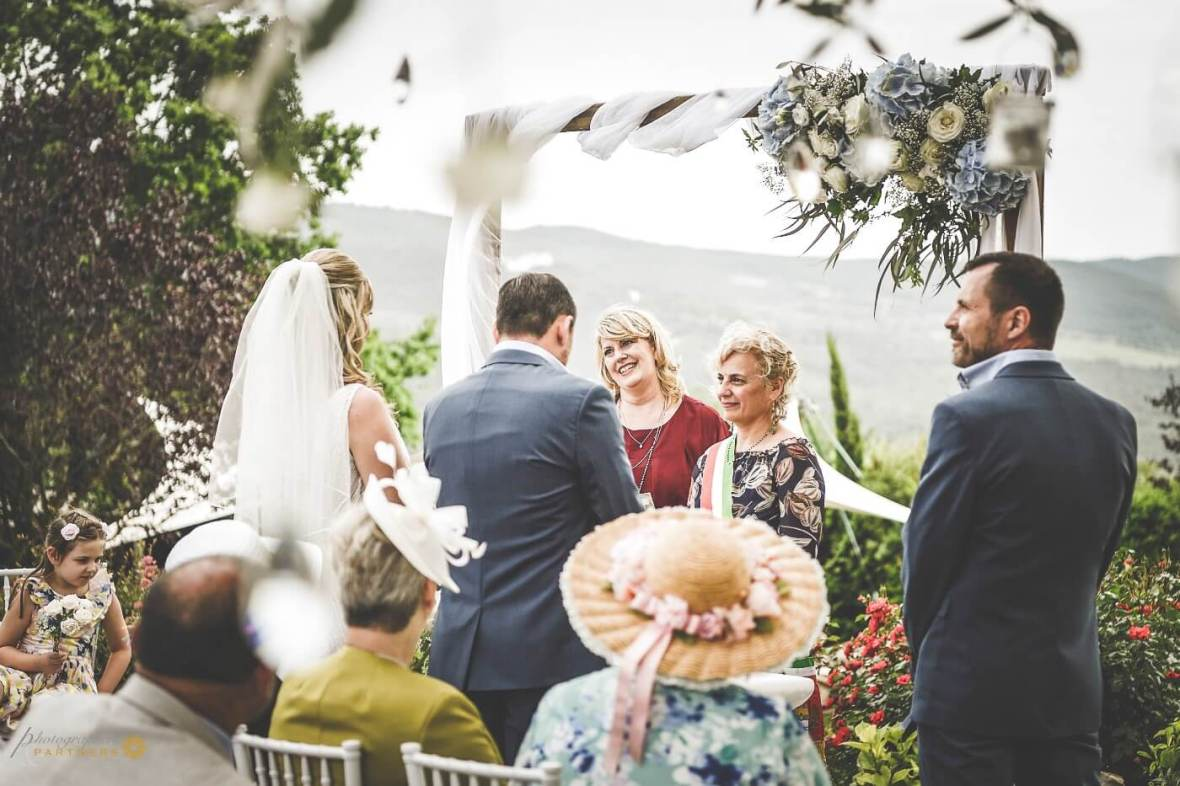 legal ceremony in Tuscany