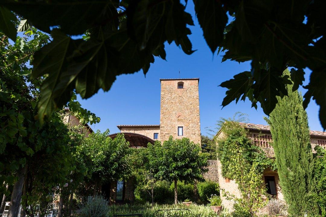 wedding overlooking San Gimignano