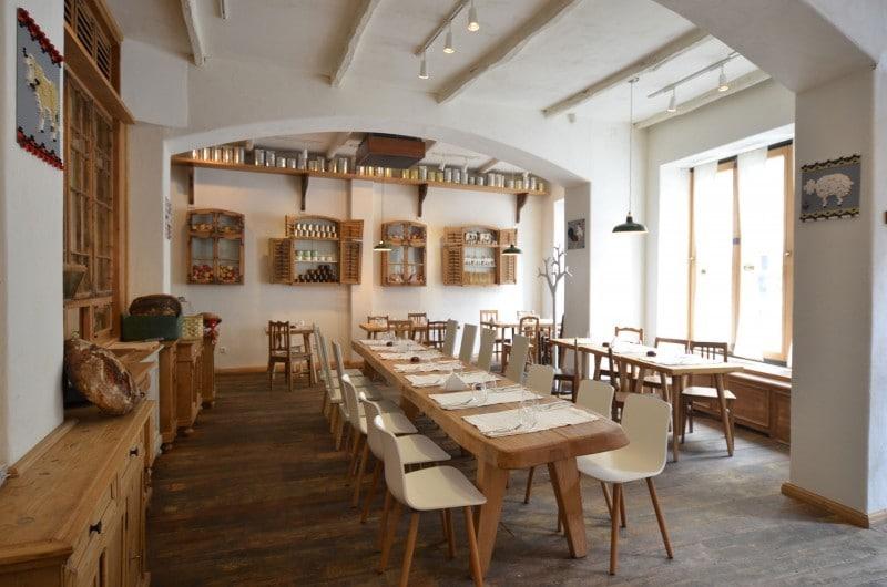 Dcoration dintrieur pour un restaurant russi  Orion Magazine