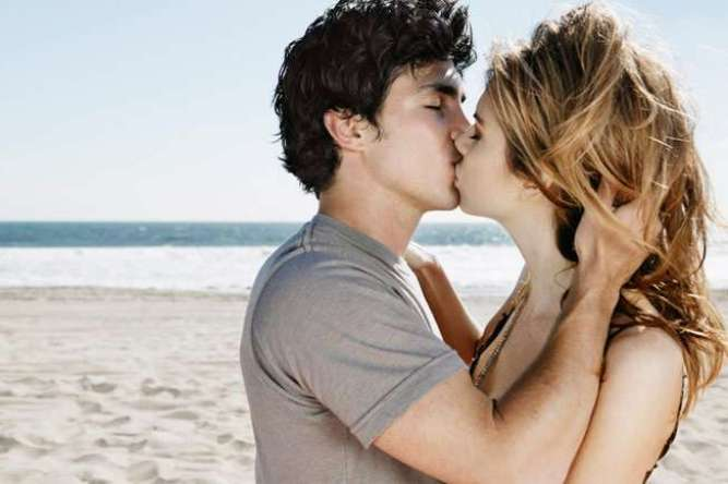 Know the health risks of kissing - OrissaPOST