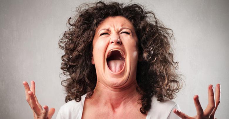 Linsegnante si sente male dopo tre ore di urla schiamazzi versi degli animali degli studenti