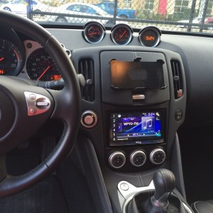 Iphone 6 holder and Pioneer NEX series double din head unit
