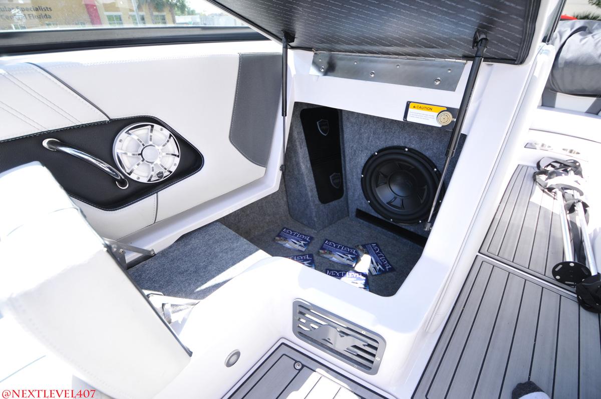 hight resolution of marine boat stereo speaker