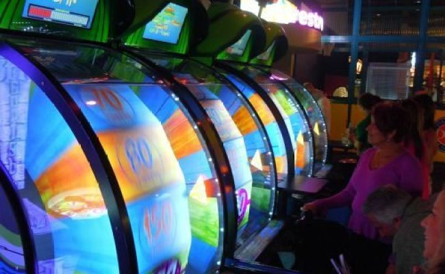Catch Some Gaming Fun At Dave Buster S