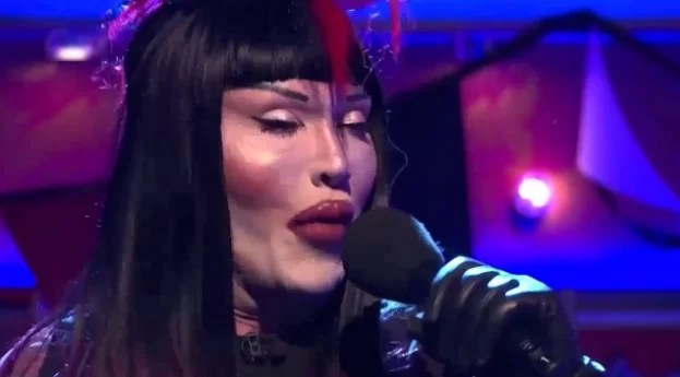 pete burns you spin me