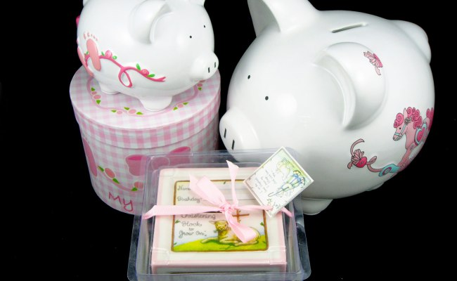 Piggy Banks Make Practical And Adorable Personalized Baby