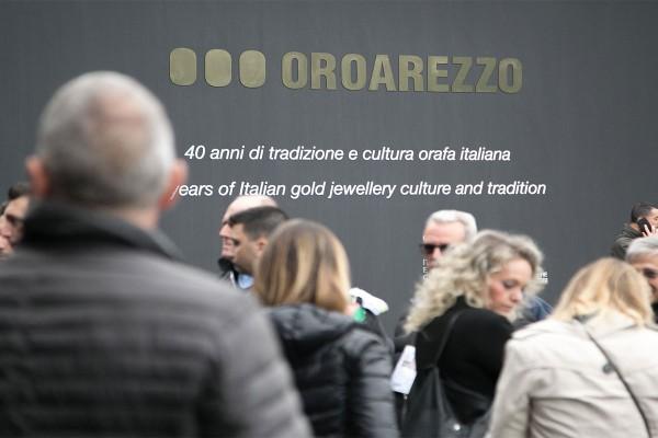 OROAREZZO is postponed to 2022